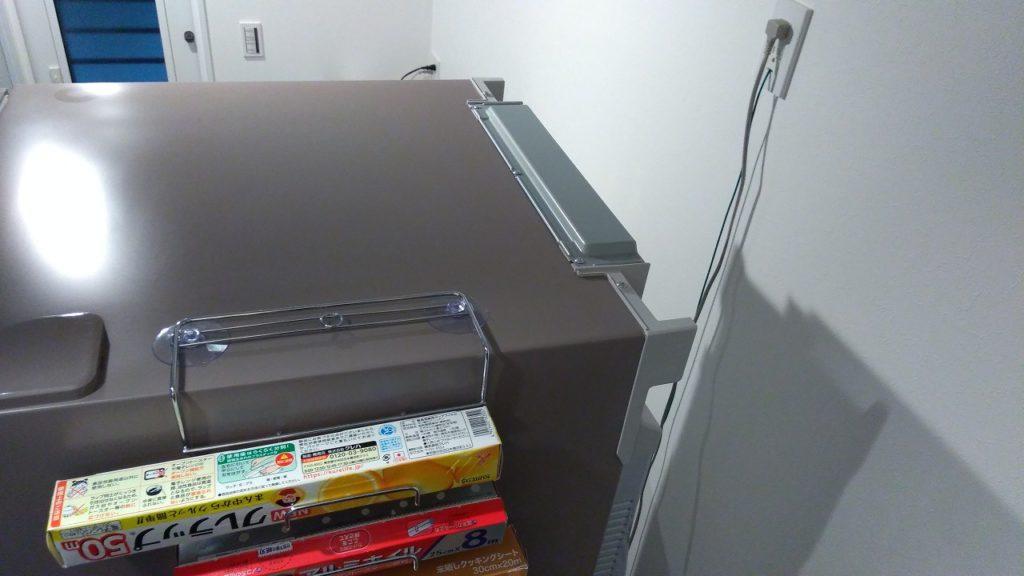 冷蔵庫の上にラップ